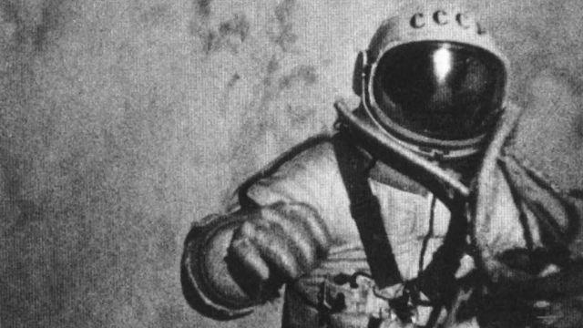 Aleksei Leonov Making The First Spacewalk